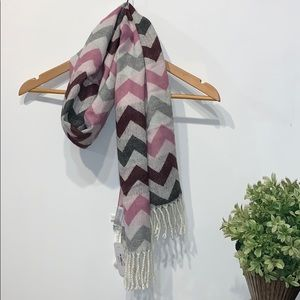 Charming Charlie scarf NWT chevron with fringe